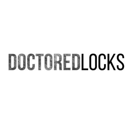 Sparks Long-Lasting Hair Dye in Electric Blue on Model